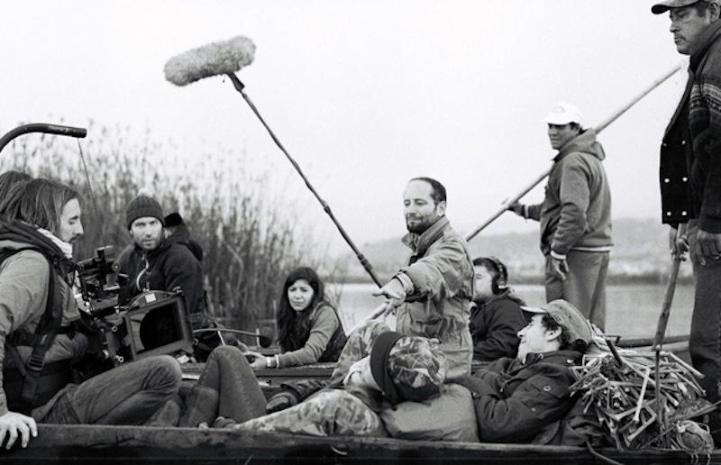 导演卡洛斯·雷加达斯在拍摄现场 来自网络