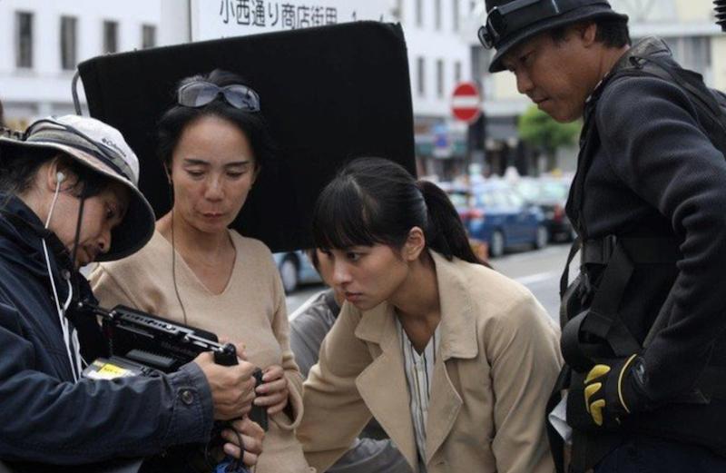 河濑直美在拍摄现场 来自网络