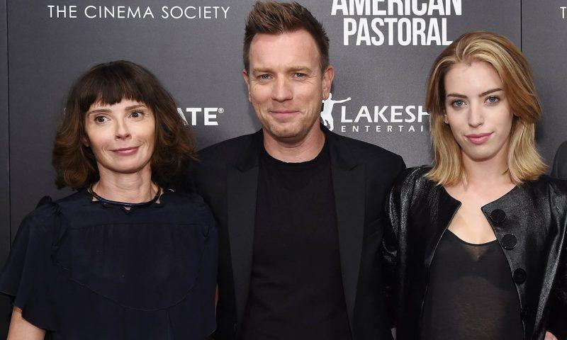 麦克格雷格和他的妻子伊芙、大女儿克拉拉 | ©Jamie McCarthy/Getty Images