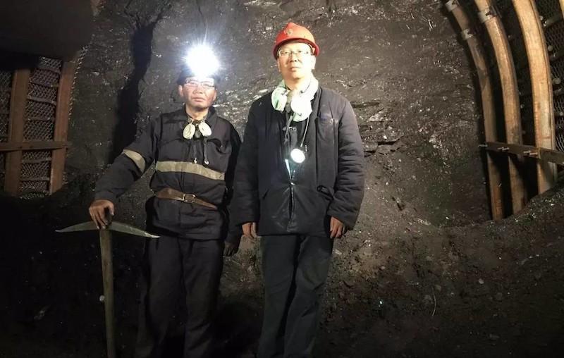 地下650米,煤矿诗人老井和导演秦晓宇|©️秦晓宇