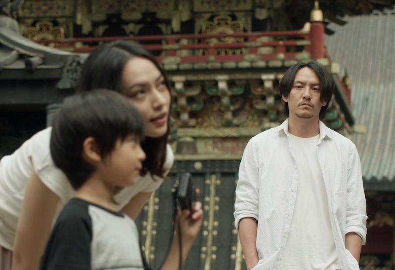 《龙先生》里张震饰演一个冷面杀手,还做得一手好菜 |©️2017 Live Max Film / LDH Pictures